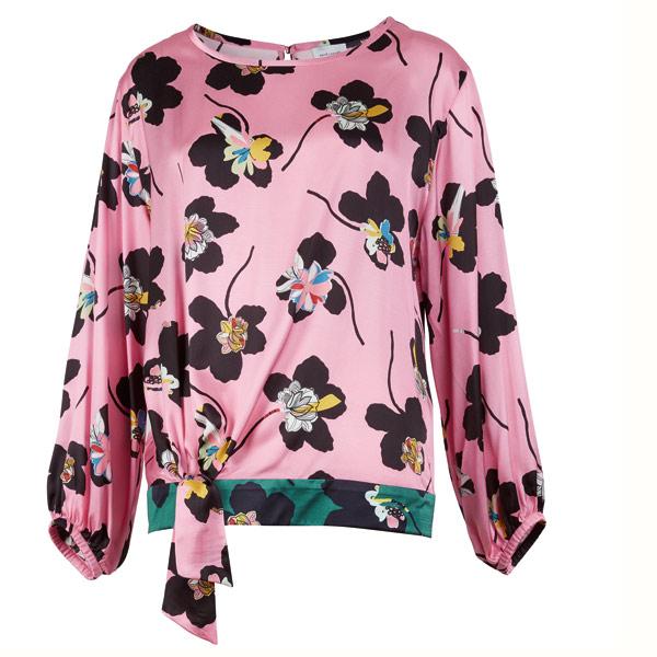 MUST HAVE: Perfekt zu schlichten Pencil Skirts: die Bluse mit Blütenprint von René Lezard